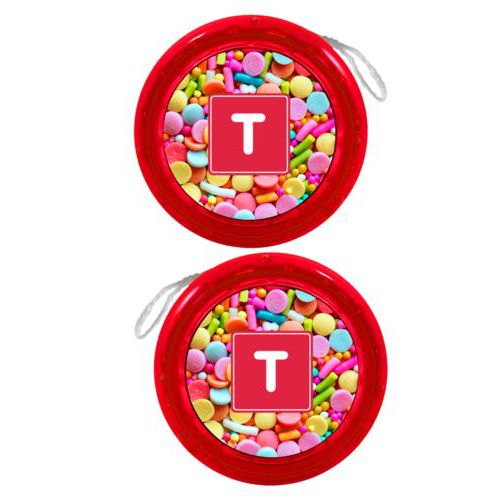 Personalized yoyo personalized with sweets sweet pattern and initial in red