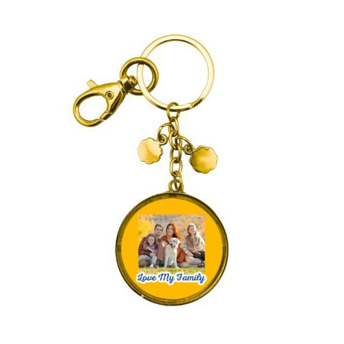 "Personalized keychain personalized with photo and the saying ""Love My Family"""